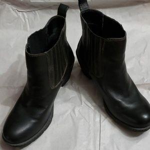 b.o.c. Black leather boots